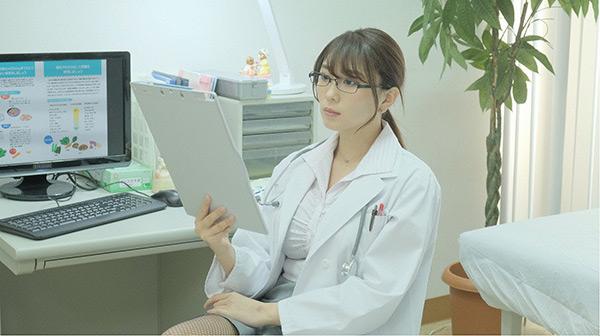 「癒されたい男」第6話 網タイツのドS美人女医(森咲智美)に妄想膨らむ秋山だったが…
