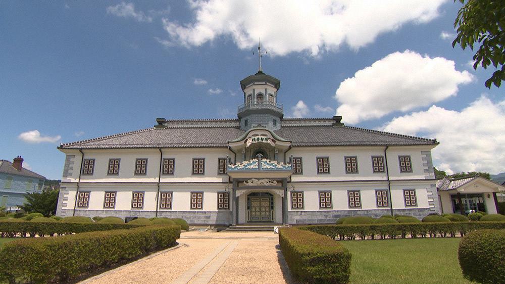 まもなく国宝に指定される『旧開智学校校舎』の驚くべき知恵、技、美に迫る。