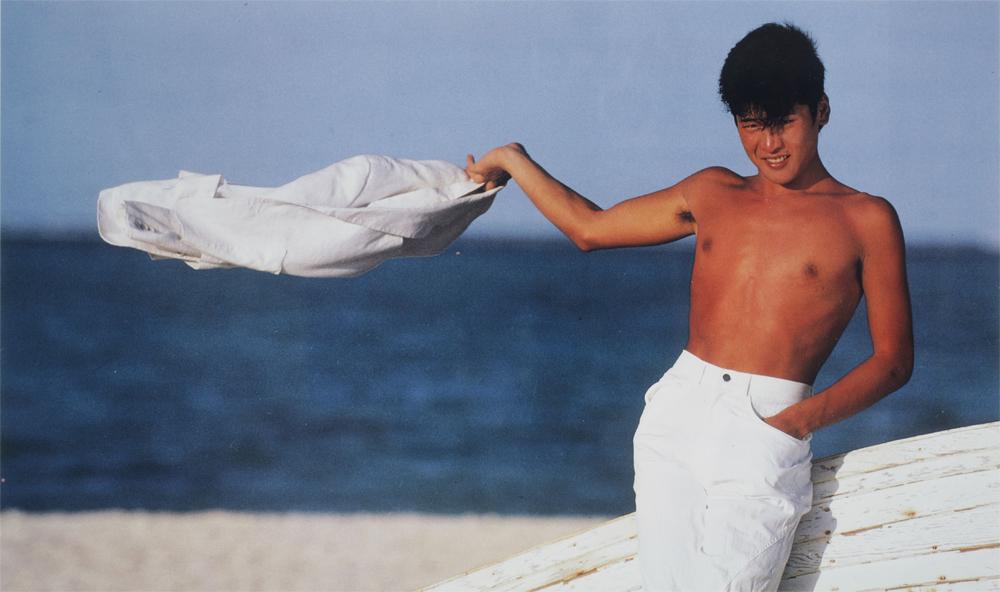 吉川晃司デビュー35周年記念WOWOWスペシャル! 映画『すかんぴんウォーク』ほか初期3部作を8/18に放送