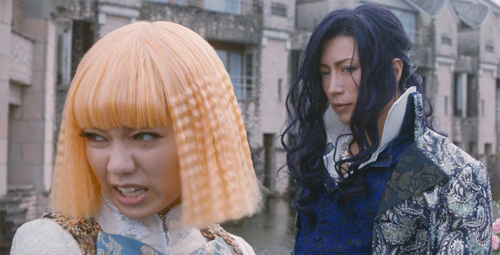 埼玉県を徹底的にディスって予想外に大ヒットした異色作! 映画「翔んで埼玉」12月28日に放送決定