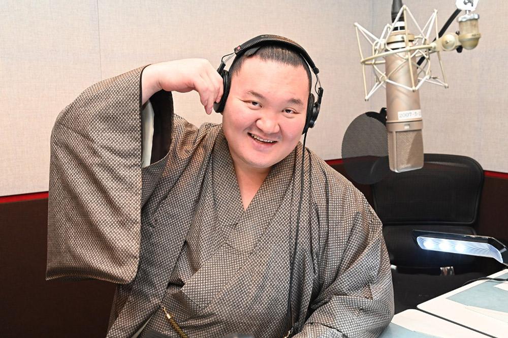 白鵬密着ドキュメント『新たな誕生日』 横綱白鵬の日本国籍取得の舞台裏に完全密着するシリーズ第9弾!